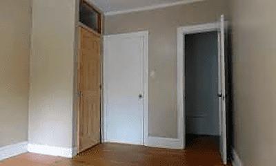 Bedroom, 2855 N Kostner Ave, 2