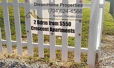 Crescent Apartments, 1