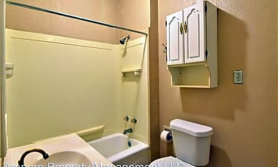 Bathroom, 914 Madison Ave, 2