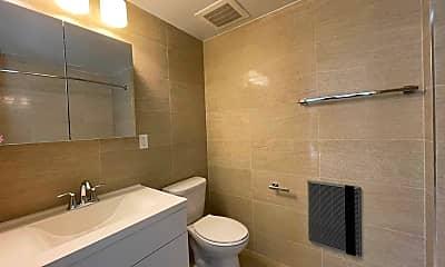 Bathroom, 618 Bushwick Ave 525, 2