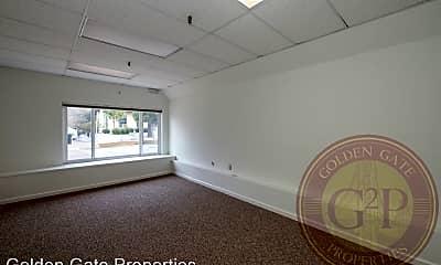 Living Room, 750 Rutland St, 2