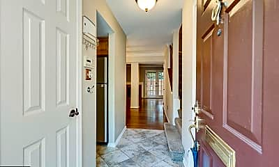 2546 S Walter Reed Dr 5, 1