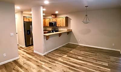 Kitchen, 2727 SW Juniper Ave, 1