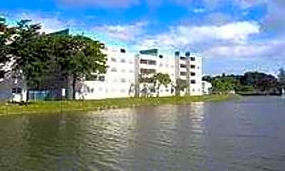 Lakeside Towers, 0