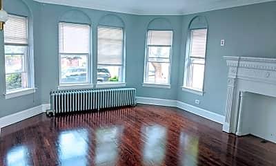 Living Room, 3141 N Luna Ave, 1