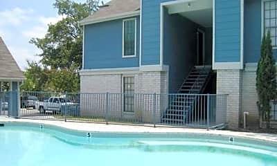 Pool, 3158 Eisenhauer Rd, 1