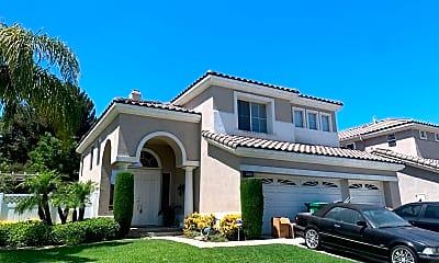 Building, 3600 San Mateo Cir, 1