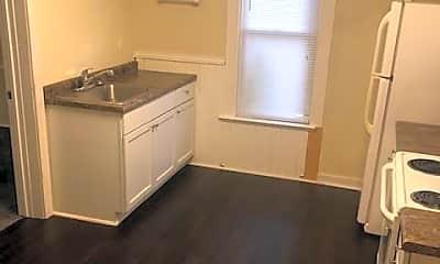 Kitchen, 707 Balcom St, 2