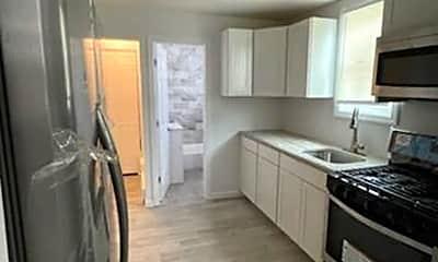Kitchen, 28 Highland Ave, 0