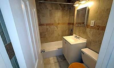 Bathroom, 41 75th St, 1