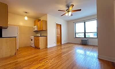 Living Room, 4538 N Clark Street Apt: 205, 0