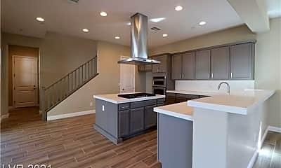 Kitchen, 1108 W Sunset Rd, 1