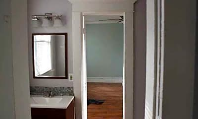 Central Avenue Apartments: 2 bedroom 1 bath apartment available immediately, 2