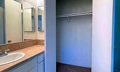 Bathroom, 1228 Meta St, 2