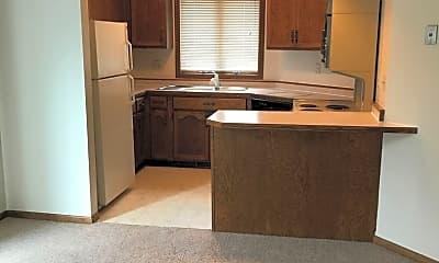 Kitchen, 605 11th St S, 1