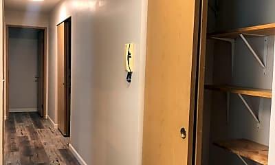 Living Room, 9226 Fremont Ave N, 2