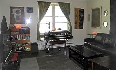 Living Room, 517 S Rogers St, 2