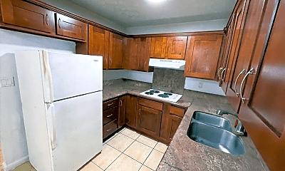 Kitchen, 1732 Gulick Ave, 1