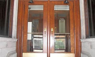 Moreland Front doors.jpg, 319 W. North St., 1