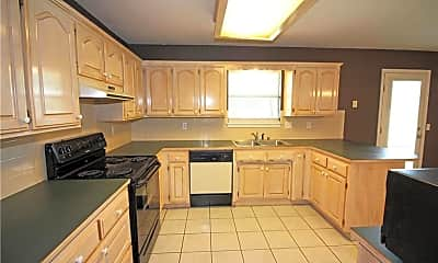 Kitchen, 1205 SE 22nd St, 1