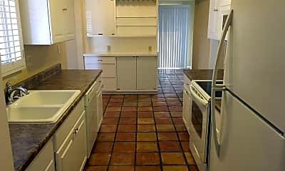 Kitchen, 10702 W Willowbrook Dr, 1