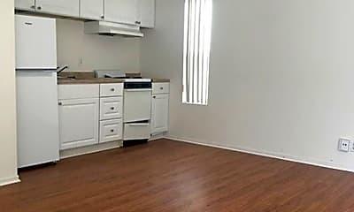 Kitchen, 609 Melba Rd, 1