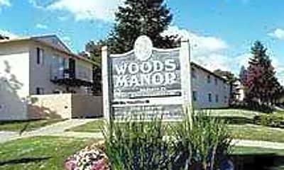 Woods Manor, 1