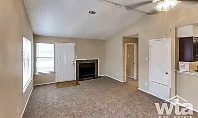 Living Room, 6511-B Melrose Trail, 1