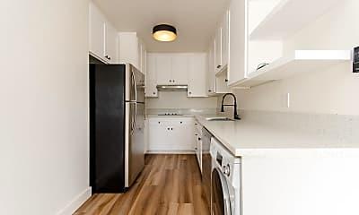 Kitchen, 1332 N Vista St, 1