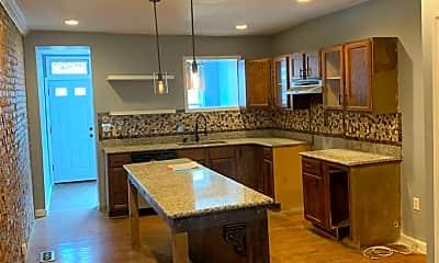 Kitchen, 2114 Ridgehill Ave, 1
