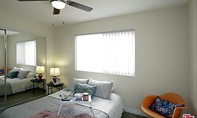 Bedroom, 536 S Manhattan Pl 206, 1
