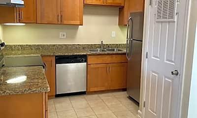 Kitchen, 801 Alvarez Ave, 1