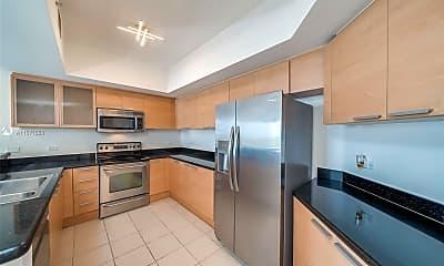 Kitchen, 140 S Dixie Hwy 718, 1