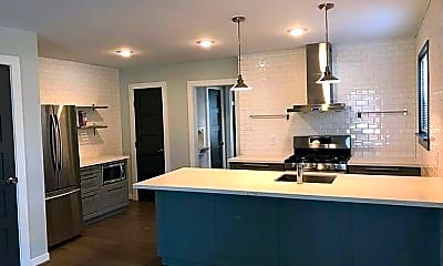 Kitchen, 5702 Morningside Ave B, 1