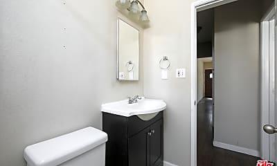 Bathroom, 5401 W Olympic Blvd, 2