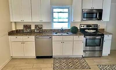 Kitchen, 4833 Washington St, 0