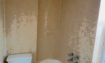 Bathroom, 3100 Heath Ave, 1