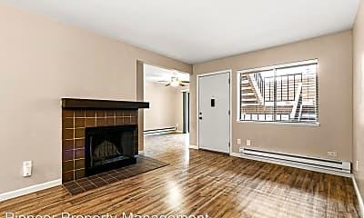 Living Room, 6011 Yarrow St, 1