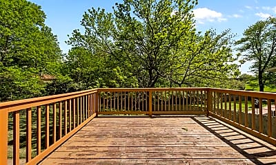 Patio / Deck, 1012 Brittany Pkwy, 2