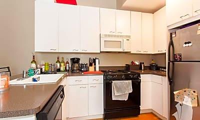 Kitchen, 616 N Paulina St, 1