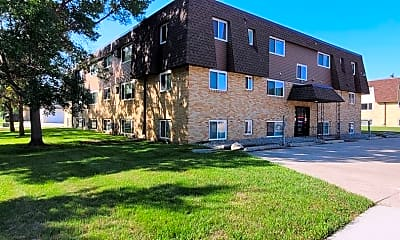 Building, 3024 9 1/2 St N, 2