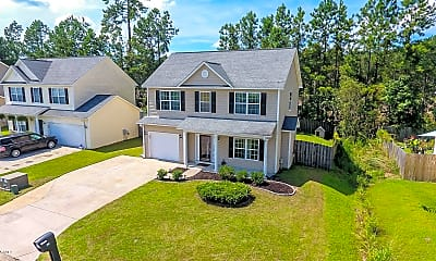 Building, 166 Crooked Run Dr, 1