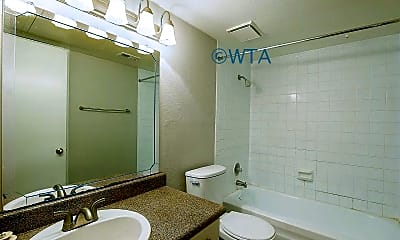 Bathroom, 1401 Patricia, 2