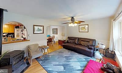 Living Room, 22904 Christ Church Rd, 2