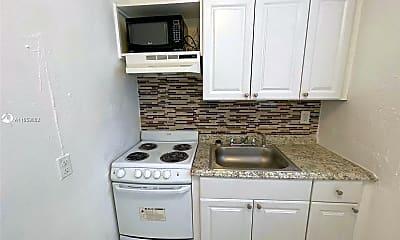 Kitchen, 3669 Thomas Ave 10, 0