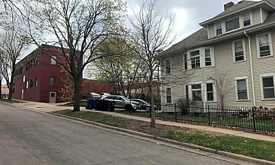 Building, 1042 Dayton Ave, 2