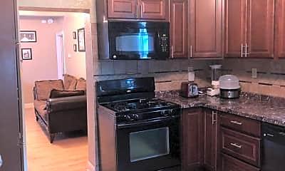 Kitchen, 2929 Fillmore St NE, 1
