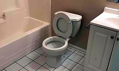 Bathroom, 524 S Broadway, 2
