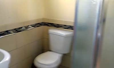 Bathroom, 160 S Bonnie Ave, 2