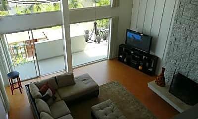 Living Room, 29 Yawl St, 2